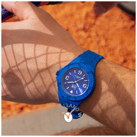 Blue silicone watch with sunray dial - Size Medium Colección Primavera-Verano Ice-Watch